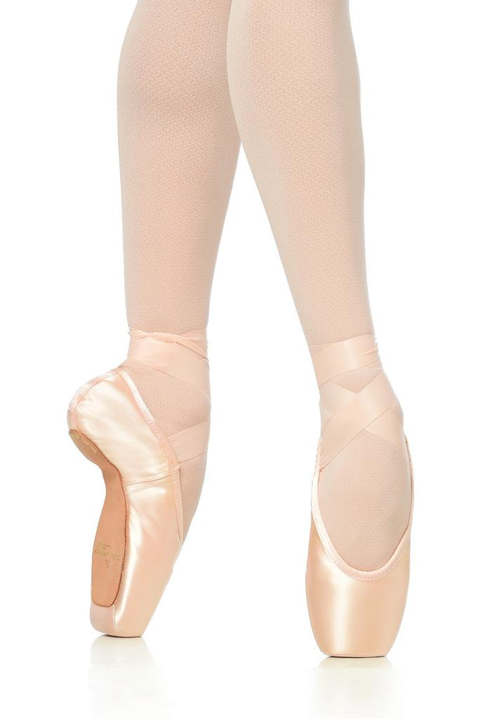 Sculpted Pointe Shoe - Supple Shank
