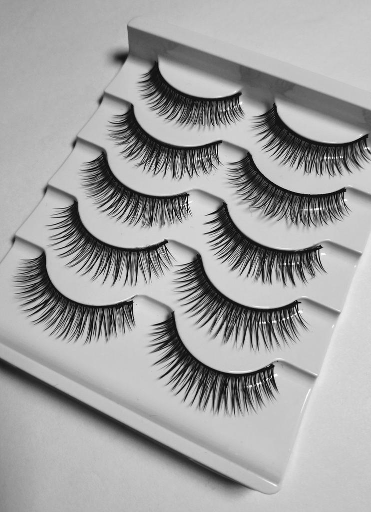 Sweet Heart Faux Chic Lashes - 5 Pack