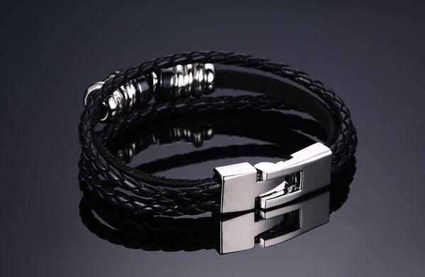 Men's Stainless Steel and Leather Skull Bracelet - Bargain Love