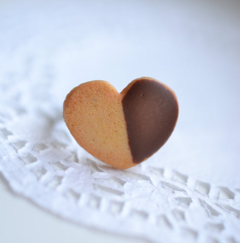 Scented Chocolate Dipped Shortbread Cookie Ring-Heart Shaped