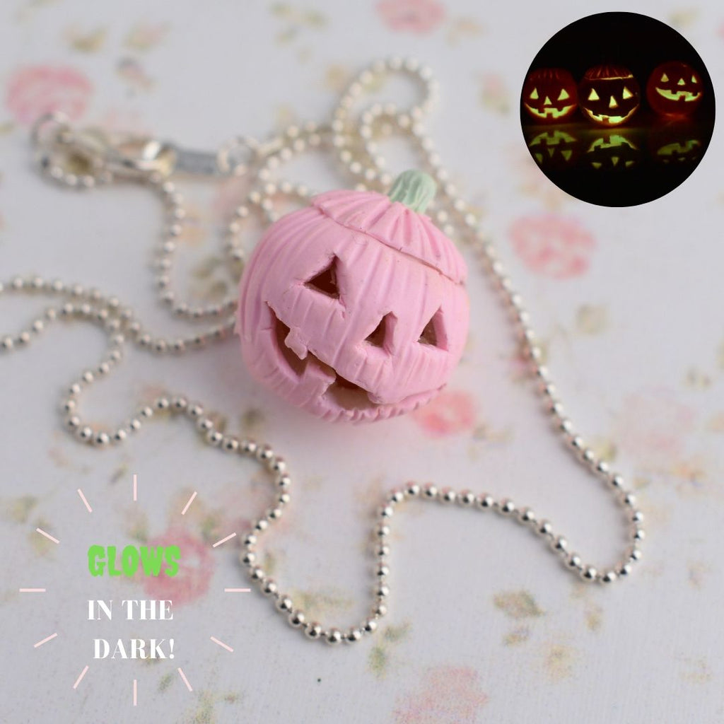 Scented Glow In The Dark Jack O' Lantern Necklace-PINK