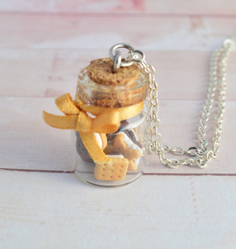 Scented Sandwich Cookie Jar Necklace