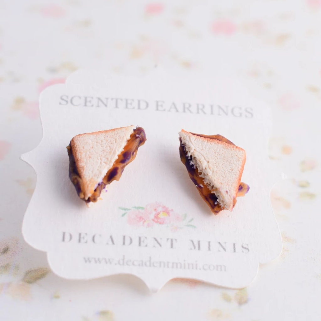 Scented Peanut Butter And Jelly Sandwich Earring