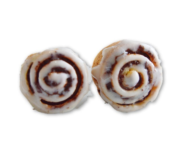 Scented Cinnamon Roll Stud Earrings