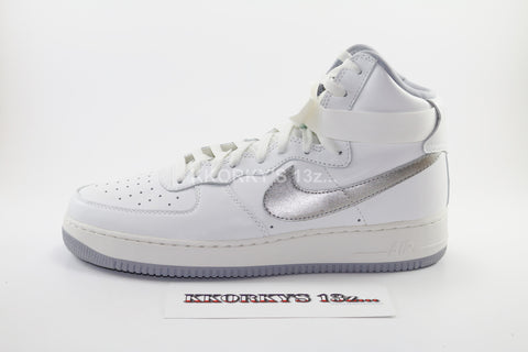 NIKE AIR FORCE 1 HI RETRO QS (less than retail) STEAL!!