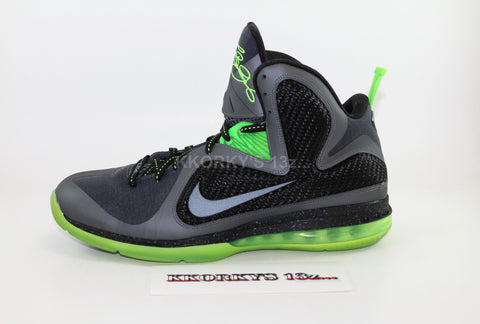 NIKE LEBRON IX (USED) 9/10 CONDITION
