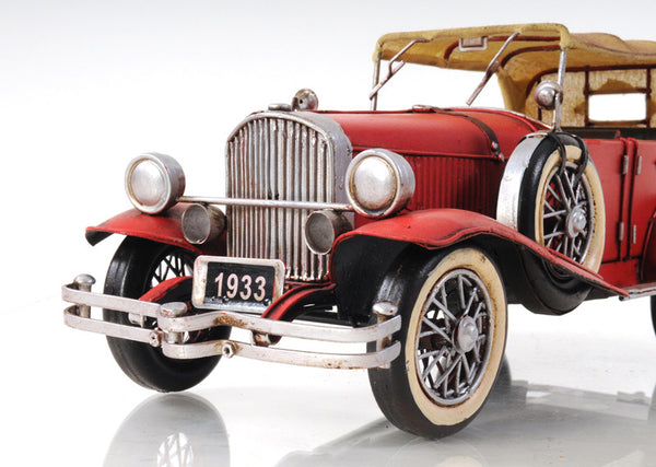 1933 Red Duesenberg Model Car