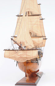 "H.M.S Bounty Model Ship, 37"" - The National Memo"