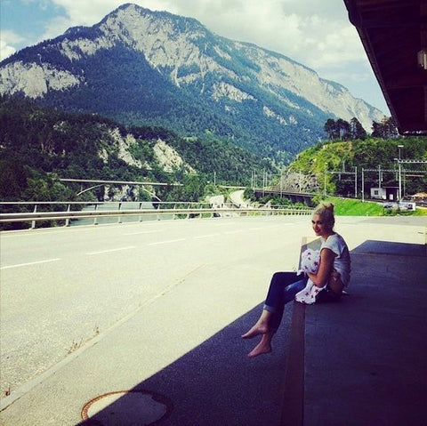Gwen Stephani Breastfeeding Switzerland