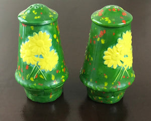 Vintage Ceramic Pottery Salt & Pepper Shakers Hand-painted Sunflower Daisy's Green Background Textured Details