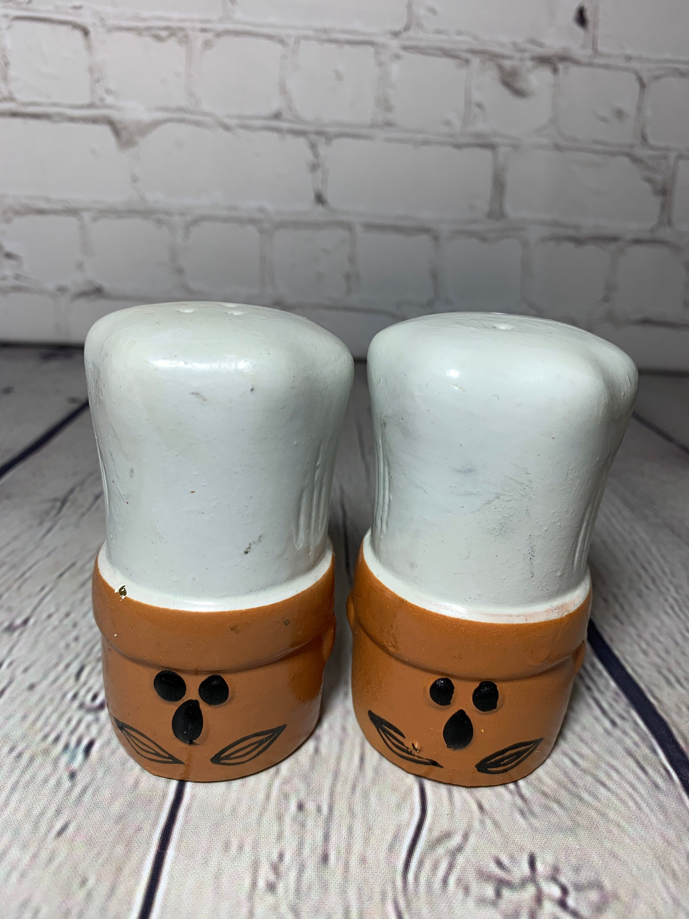 Vintage Ceramic Pottery Large Chef Hat/Head Salt & Pepper Shakers