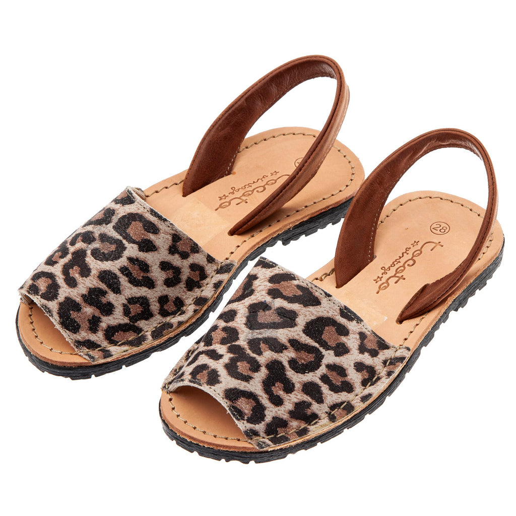Tocoto Vintage Animal Print Sandals