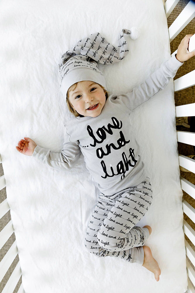 L'oved Baby Organic Kids Long Sleeve PJ and Cap Set - Gray Love and Light