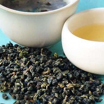 Trial of Oolong Tea in the Management of Recalcitrant Atopic Dermatitis