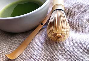Chasen Matcha Whisk and Matcha Spoon