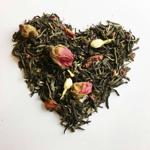 Happy green and black tea blend