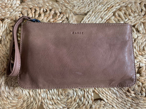 Zarah Pouch - Taupe