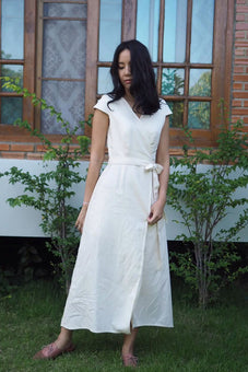 Isabella Dress - white , cream | made-to-order