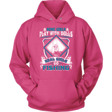 REAL GIRLS GO FISHING WOMEN T-SHIRT & UNISEX HOODIE