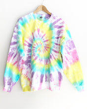 "Load image into Gallery viewer, 90's Summer Spiral Tie Dye Sweatshirt ""Size Men's L"""