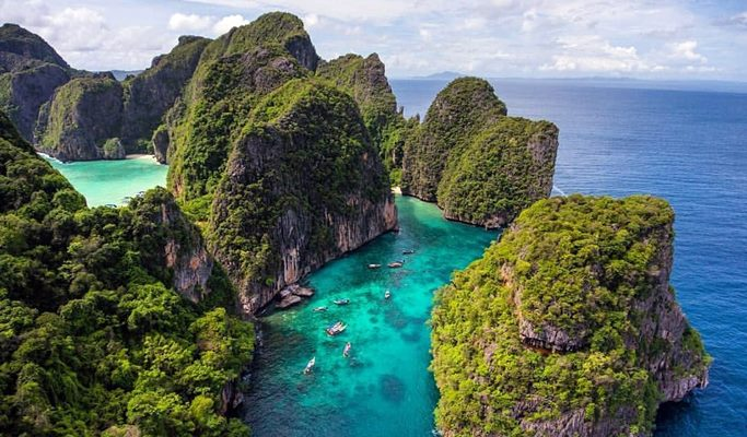 Island Hopping in Thailand's Adaman Sea