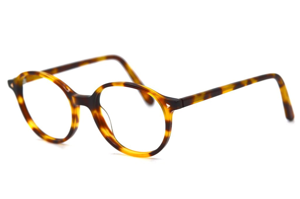 Tan Retro Glasses. Round Retro Glasses. Round Vintage Inspired Glasses. Round Glasses. Round Tortoiseshell Glasses.