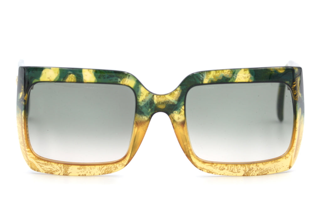 Christian Dior 2493 colour 60 vintage sunglasses at Retro Spectacle