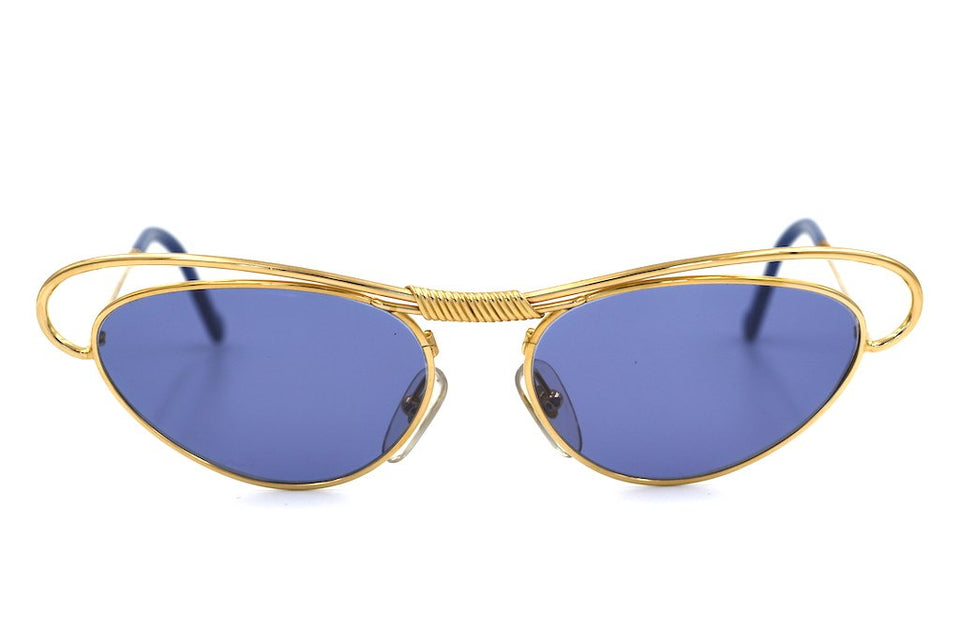 Christian Lacroix 7355 vintage sunglasses in colour 40. Ladies vintage sunglasses. Christian Lacroix Sunglasses. Cat Eye Sunglasses. Vintage Cat Eye Sunglasses. Designer Vintage Sunglasses.