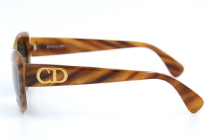 Christian Dior Vintage Sunglasses. Christian Dior 2974 ladies vintage sunglasses.