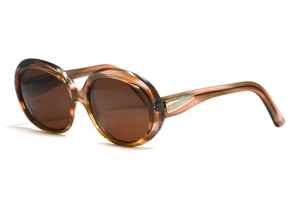 Ladies 1970's vintage sunglasses by Essel made in France