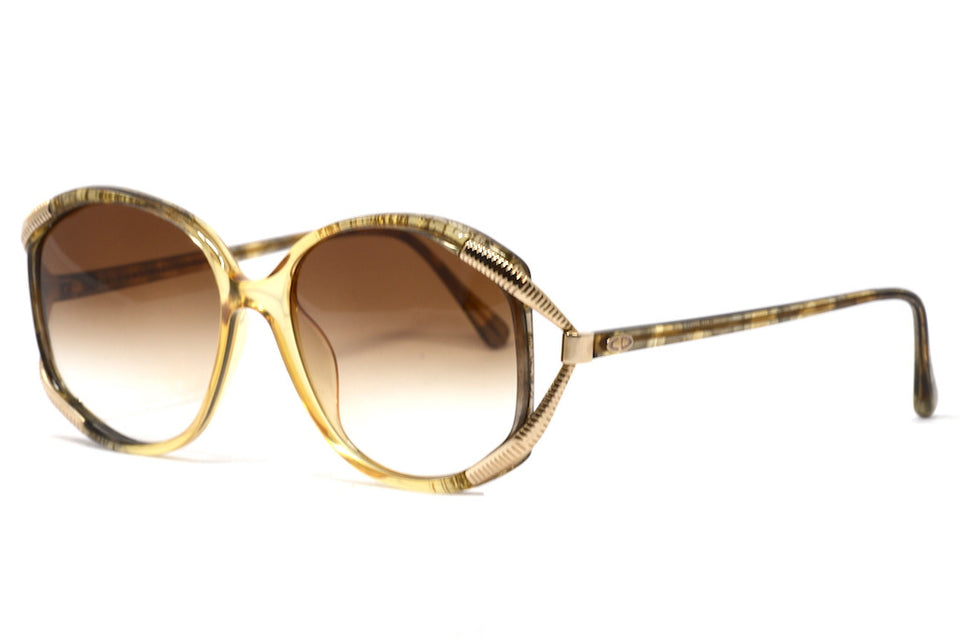 Front/side view Christian Dior 2490 1980's vintage sunglasses Front view Christian Dior 2490 1980's vintage sunglasses