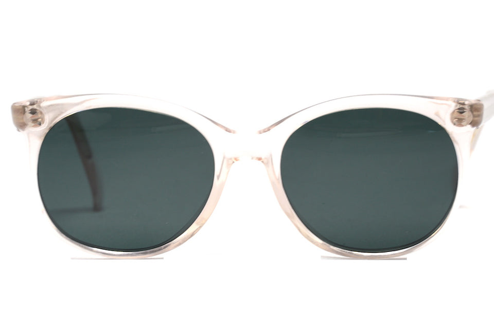 Front view Merx bespoke vintage sunglasses with UV protection