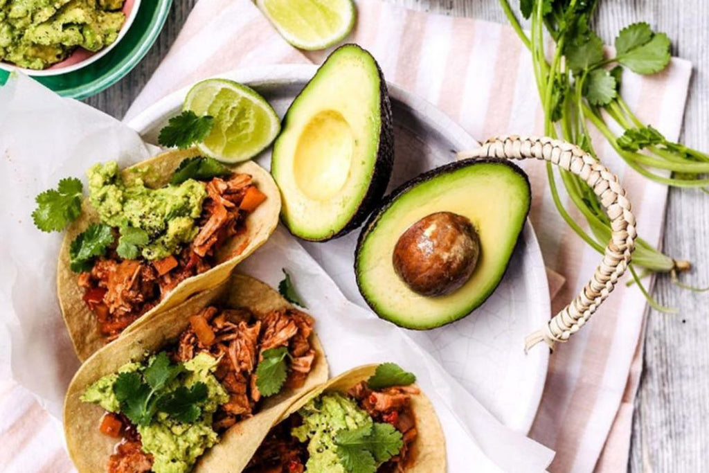MEXICAN PULLED PORK & KIDNEY BEAN TACOS