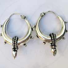 Load image into Gallery viewer, Chunky Spike Earrings