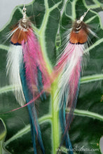 Load image into Gallery viewer, Cute Feather Earrings