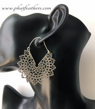 Load image into Gallery viewer, Silver Mandala Earrings