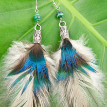 Load image into Gallery viewer, Luxurious Feather Earrings