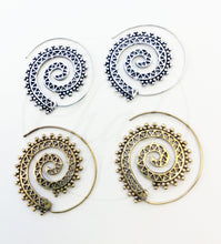 Load image into Gallery viewer, Silver Plated Spiral Earrings