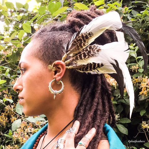 Cockatoo Feather Earcuff