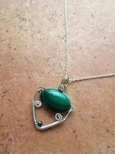 Load image into Gallery viewer, Malachite Silver Pendant
