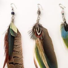Load image into Gallery viewer, Colorful Feather Earring