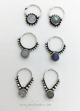 Load image into Gallery viewer, Labradorite/Moonstone Septum