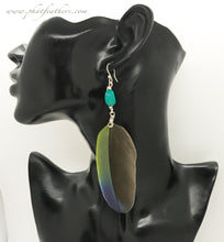 Load image into Gallery viewer, Turquoise Single Feather Earrings