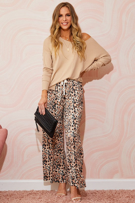 Chic Cheetah Print Pants