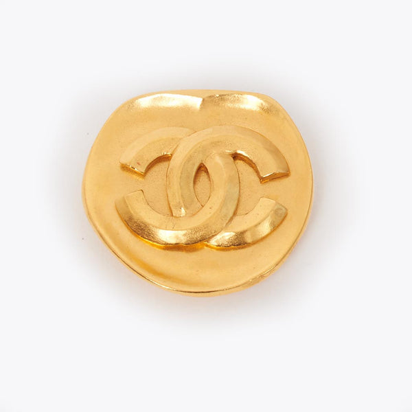 Vintage Chanel CC gold brooch