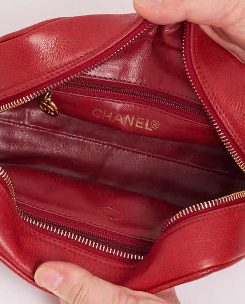 Vintage Chanel CC red caviar skin pouch