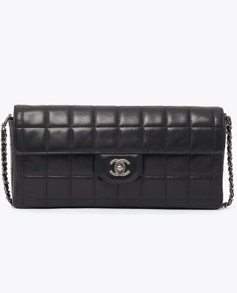 Vintage Chanel chocolate bar single flap bag