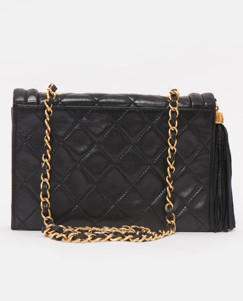 Vintage Chanel lambskin side tassel cross body bag
