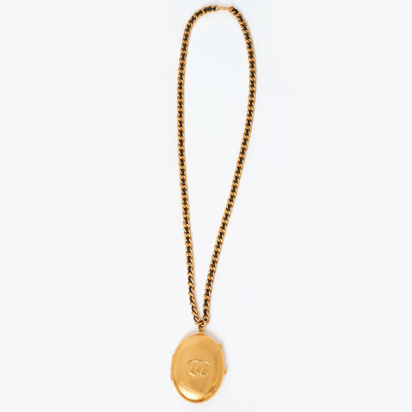 Vintage Chanel locket style necklace