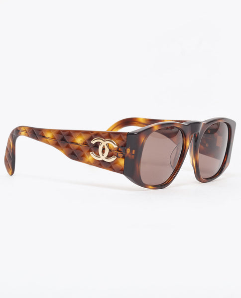 Vintage Chanel tortoiseshell quilted arm sunglasses